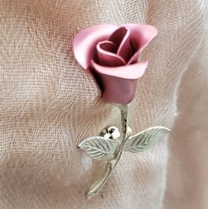 🆕️ Vintage Avon Rose pin brooch